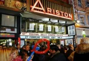 sanremo2005_teatro_ariston_palcoscenico_art